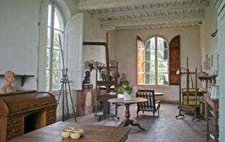 Un siècle plus tard : l'atelier des frères Gioli dans la tour de la villa.