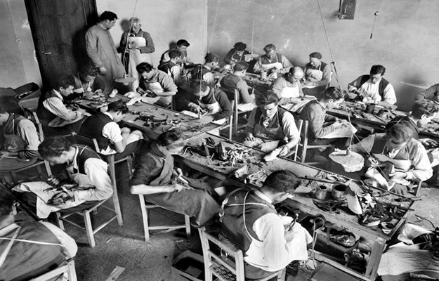The Ferragamo shoe workroom in the Palazzo Ferroni 1937 Florence