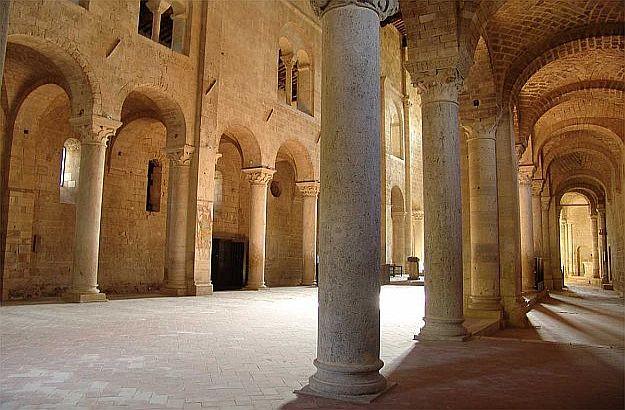 Columns, church is 20 meters high