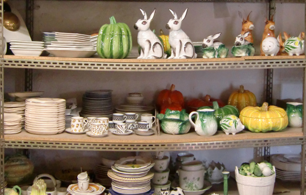 Outlet Este Ceramics Italy This is the sort of place where you have rummage around to find the hidden gem