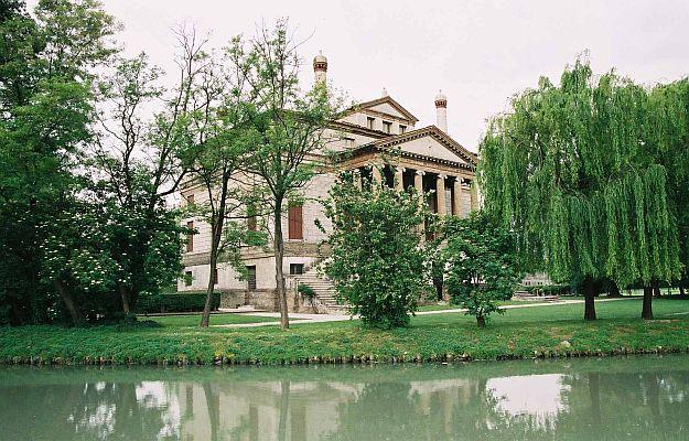 Villa Malcontenta Brenta River