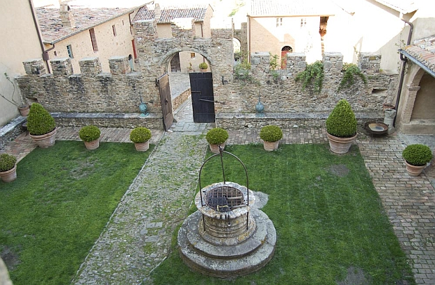 Potentino courtyard