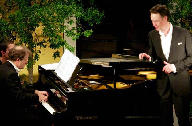 Konzert im Hof von La Foce