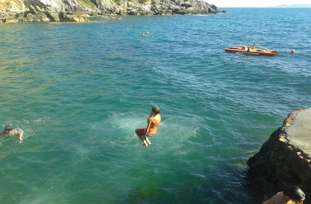 Ein bad in der bucht der frauen katharinas italien der beste italien blog - Talamone bagno delle donne ...