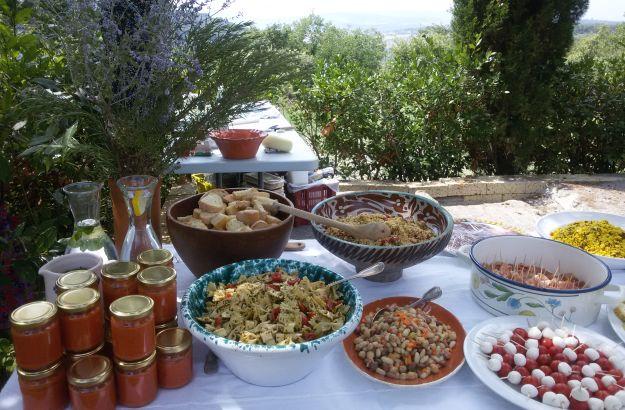 Les repas entre amis toujours de saison en italie l for Diner ete entre amis