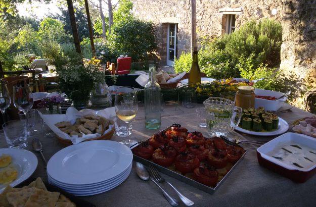 Les repas entre amis toujours de saison en italie l for Repas entre amis ete