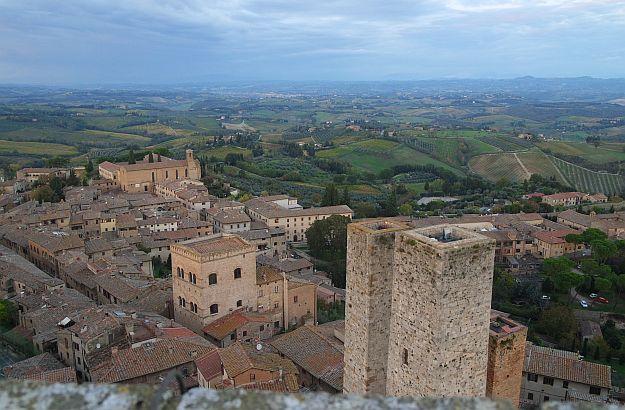 Vom Grossa-Turm genießt man einen herrlichen Ausblick über San Gimignano und Umgebung.