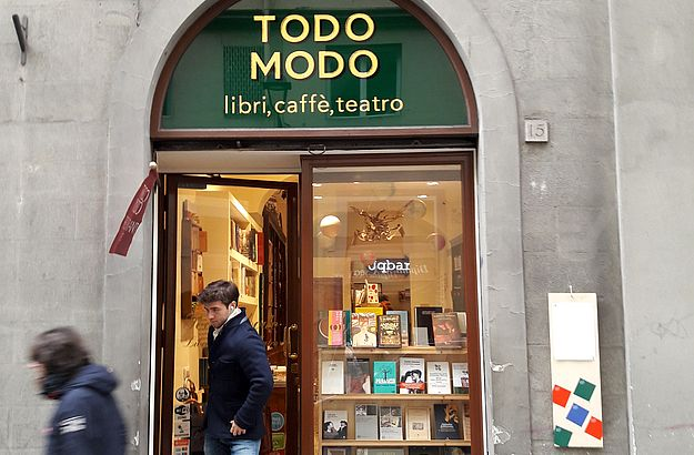 Toto Modo ist Buchladen, Café und Theater in einem. Ein tolles Konzept!