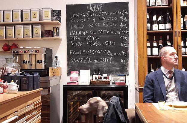 Das Café-Bistro hält für die Hungrigen eine anregende Karte bereit.