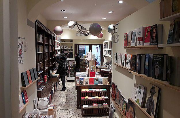 Natürlich gibt es im Todo Modo auch eine Abteilung für englische Bücher.
