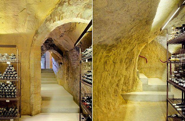 Der Weinkeller von der Bar Un Tubo im Zentrum von Siena