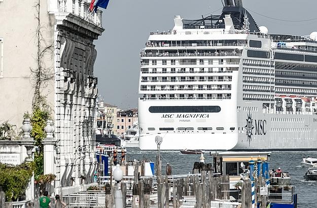 According to Jane da Mosto, it is urgent to better manage mass tourism.  ©Giulio Gigante