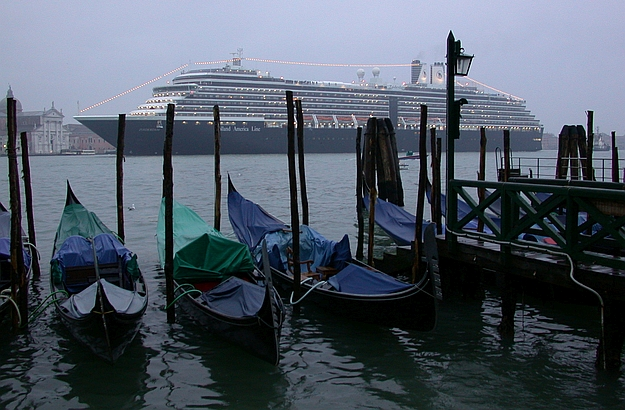 The Serenissima has some of the most intense tourism in the world.  ©Alessandro Corona-