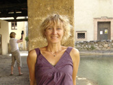 Anke lors d'un arrêt à Bagno Vignoni en Toscane