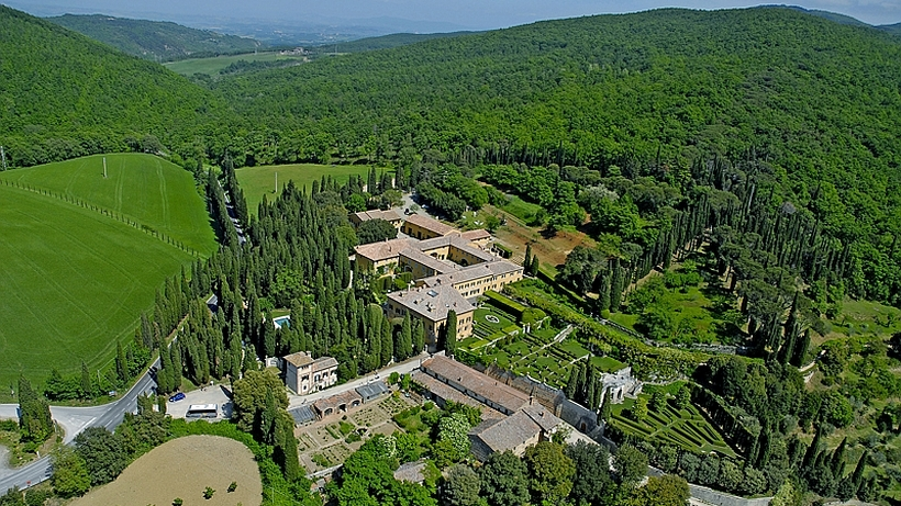 Bird\'s eye view of the Villa La Foce with its famous gardens overlooking the Val d'Orcia