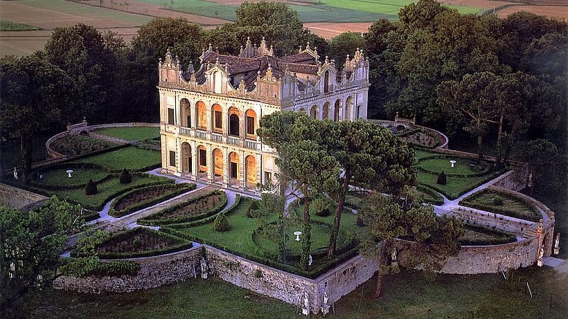 Villa Emo Capodilista Luxury Holiday Villa With Pool Near