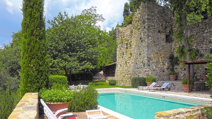 luxus ferienhaus in der toskana villa melissa castello di fighine. Black Bedroom Furniture Sets. Home Design Ideas