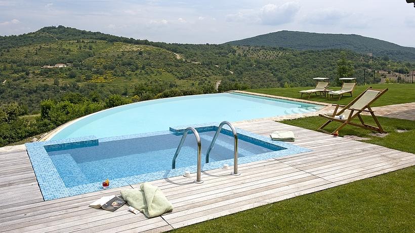 Ferienwohnung mit Pool, Garten und Weitblick in Umbrien, Italien