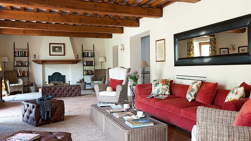 luxus ferienhaus mit pool in umbrien nahe dem golfclub antognolla. Black Bedroom Furniture Sets. Home Design Ideas