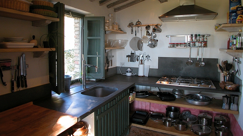 Tuscan Farmhouse Holiday Rental With Heated Pool In The Val DOrcia